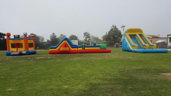 Obstacle course the 18ft slide and Sports Jumper-regular size
